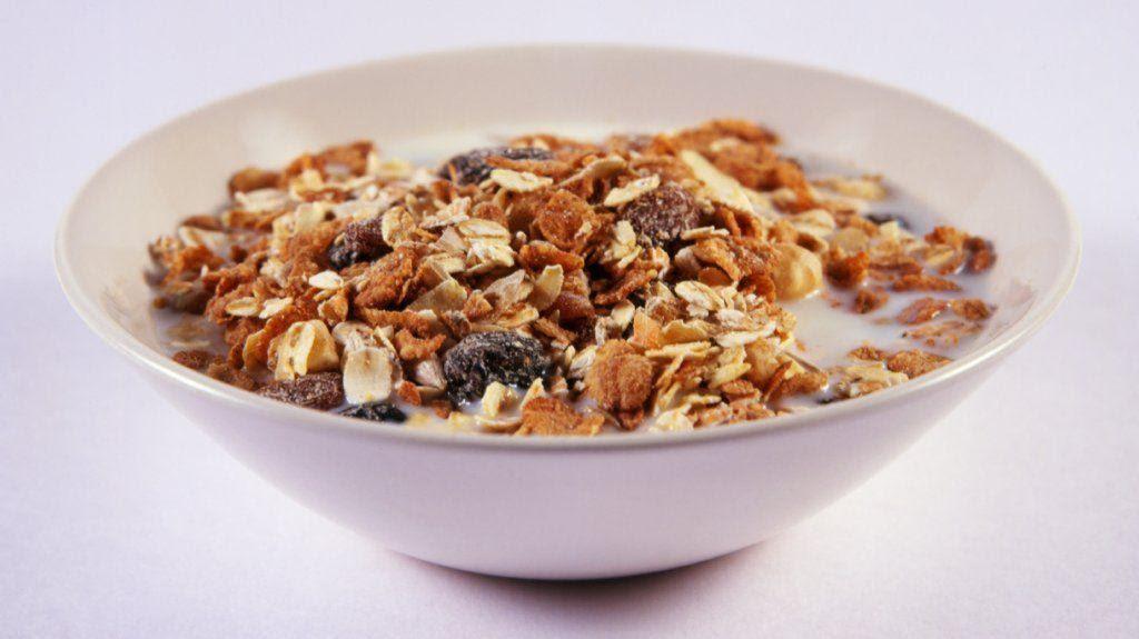 Fiber-rich diet may boost colon cancer survival