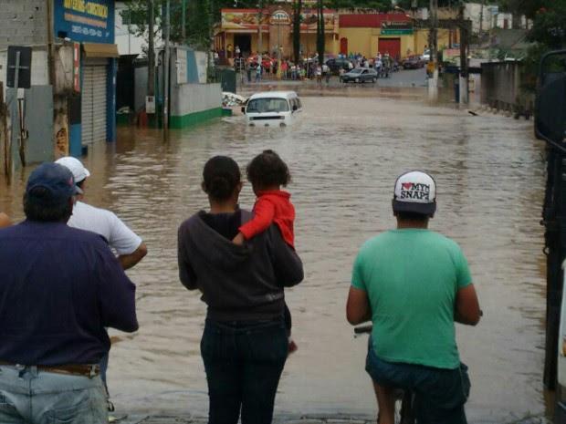 Chuva em Atibaia (Foto: Suzana Francis/Vanguarda Repórter)