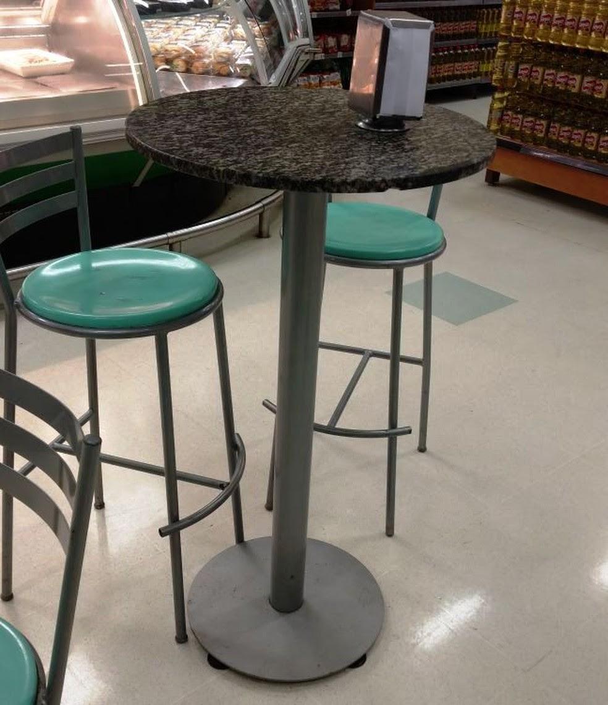 Pai de Caio fez uma foto da mesa que acidentou o filho: