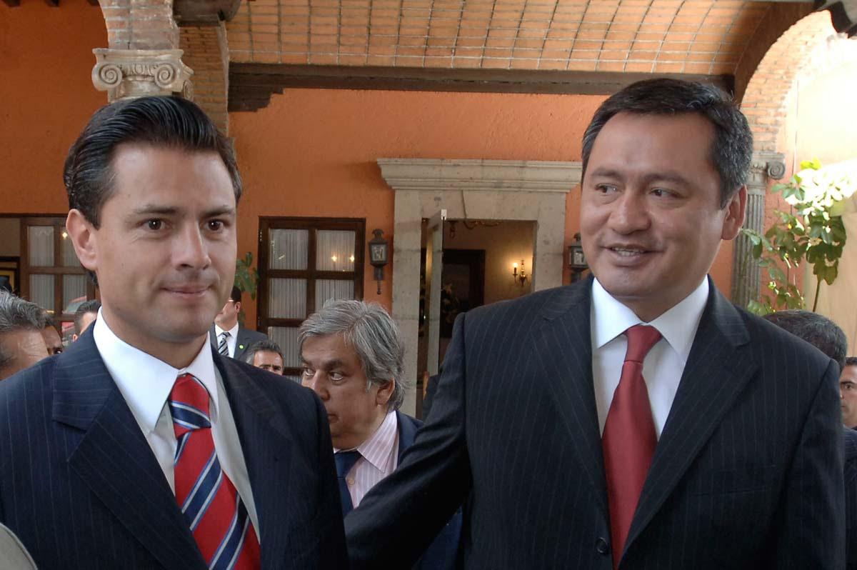 Peña Nieto y su operador Miguel Ángel Chong. Foto: Eduardo Miranda