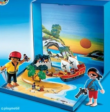 Micro Playmobil Pirate Ship