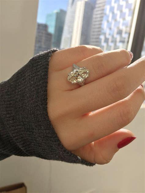 Evelyn   Big Diamond Vintage Rings   Engagement rings