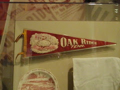 Oak Ridge atomic pennant
