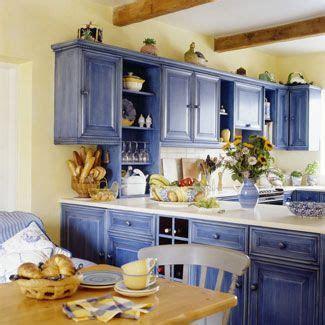 ways  fall   love   kitchen blue