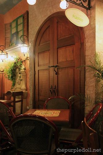 Cafe Publico Garden Interior