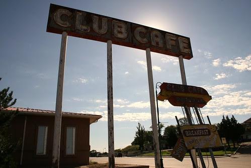 leaning club café signage