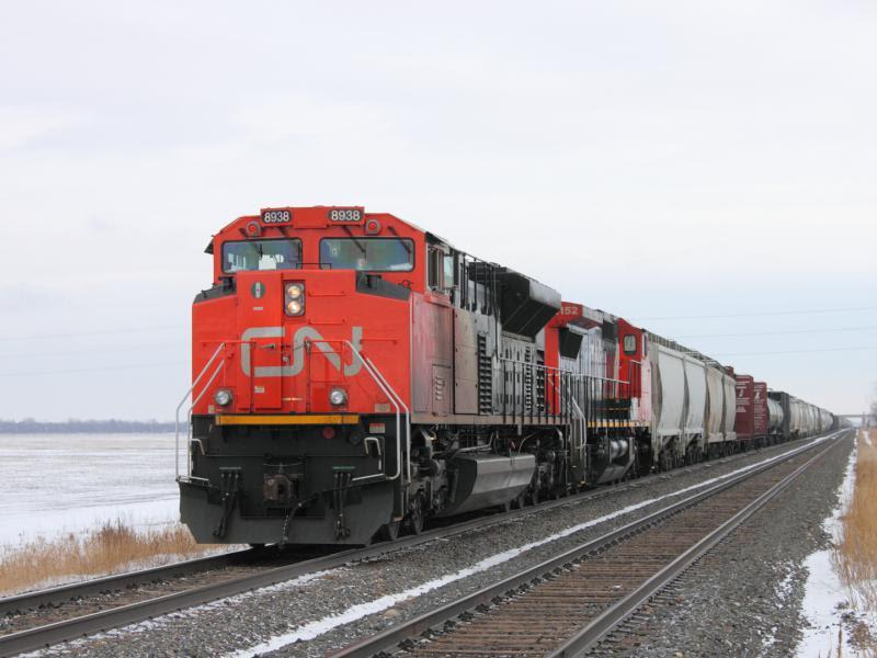 CN 8938 in Winnipeg