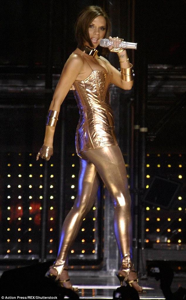 A menina de ouro: Depois de ser dito sua voz era forte demais para uma banda, Mel foi substituído por um jovem Victoria Adams (acima), que com a banda tornou-se mundialmente famosa Spice Girls