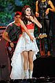 Selena-fourth selena gomez pretapes fourth of july performance 03
