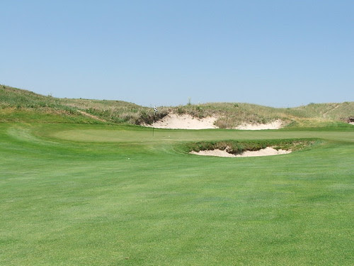 Eighth Green - Sand Hills