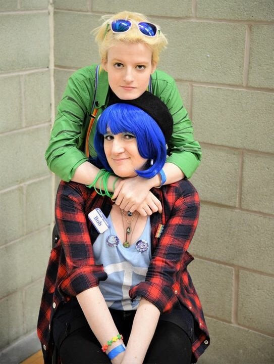 This first lot of our pics (not the shipping pics - they're still being worked on) came back and I am crying!! I love this nerd so much, she lights up my life and I'm so glad she is my IRL Peri...