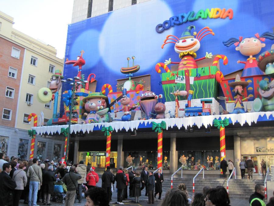 Corte Ingles Madrid Donde Decoran De Navidad