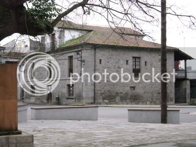fachada principal biblioteca