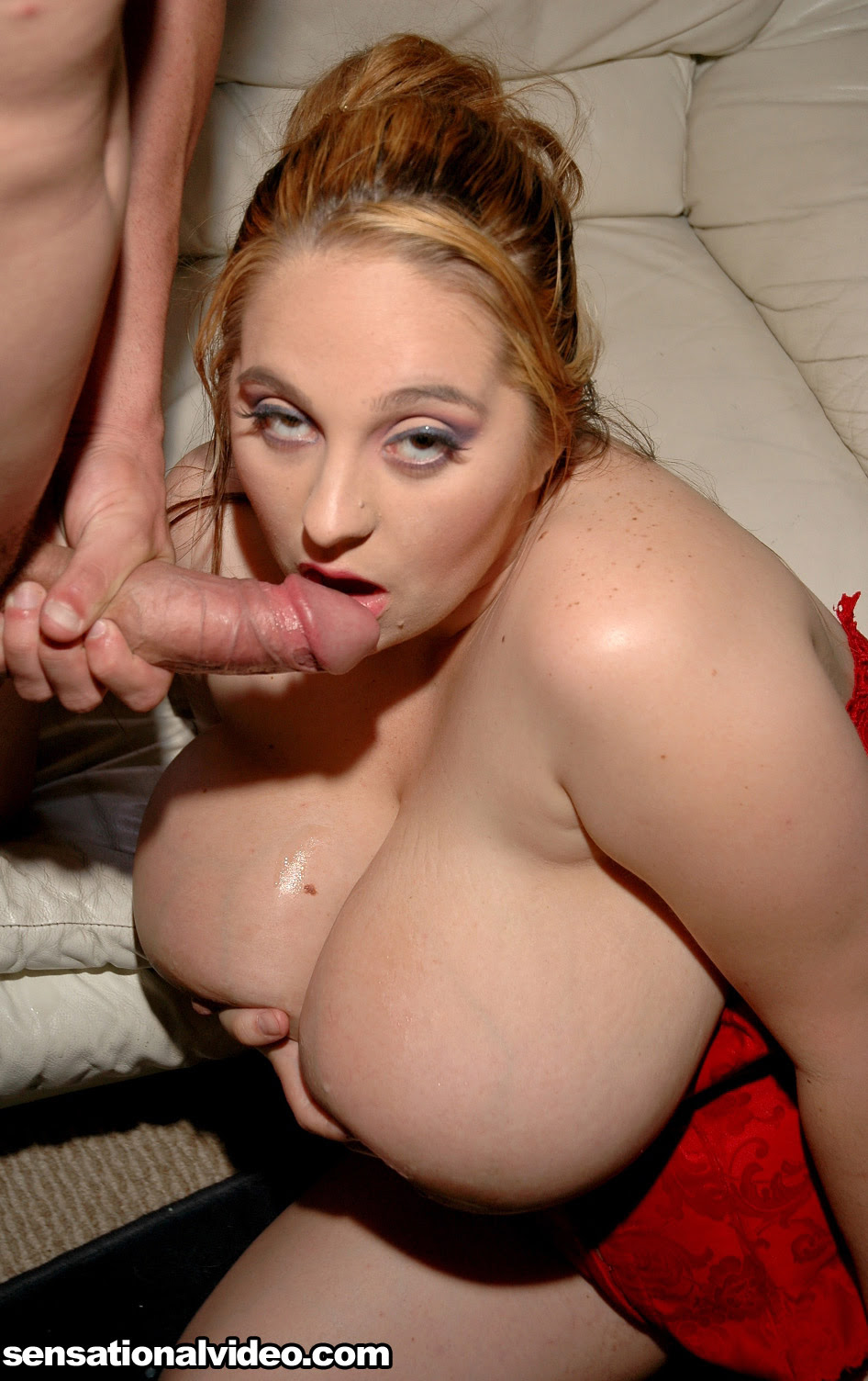 Big Tit Squirt While Fucking