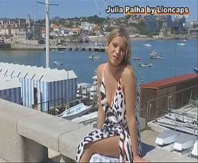 Julia Palha sensual a apresentar o programa Selfie