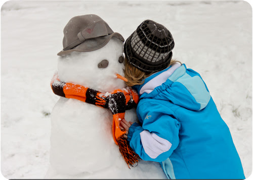 EB snowman hugs web.jpg