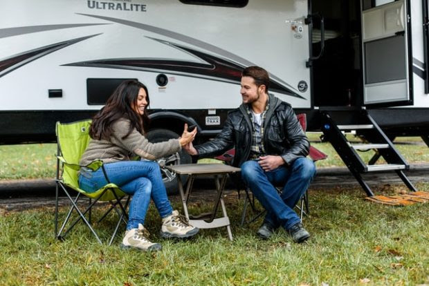 5 Reasons Why You Should Rent An RV For Your Long Road Trips