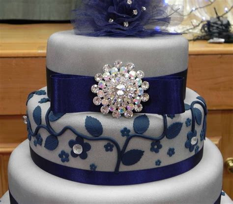 Royal Blue White and Silver Wedding Cakes   Blue White and