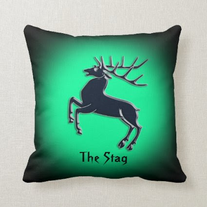 Black Rutting Stag on green spotlight effect Pillow
