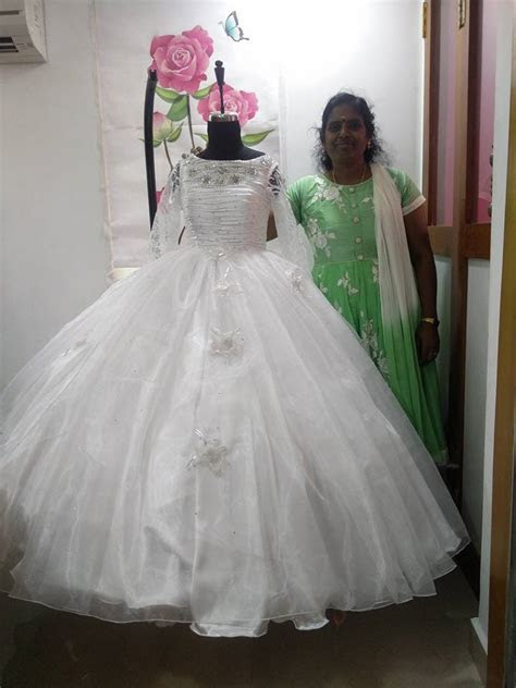 Rosado la Fabrica   Bridal Gowns shop in Chennai   Vendors