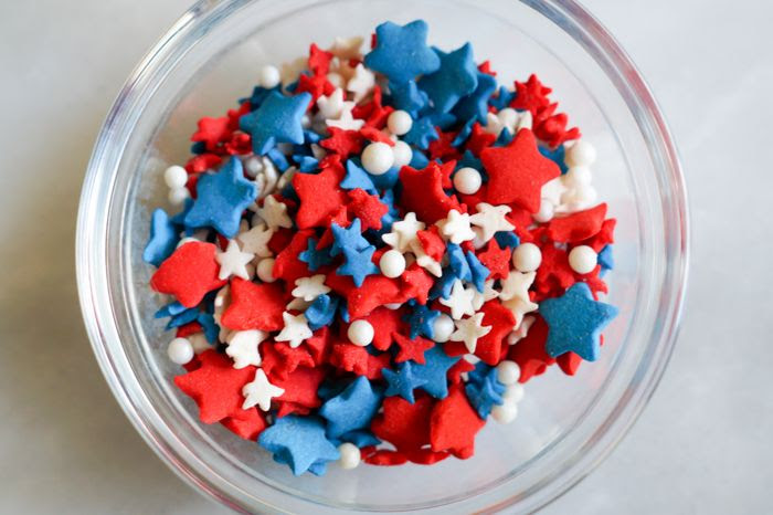 red white and blue sprinkle mix