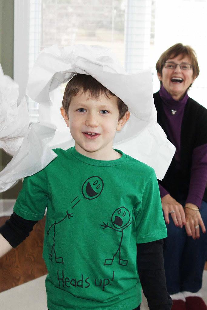 Becket paper hat