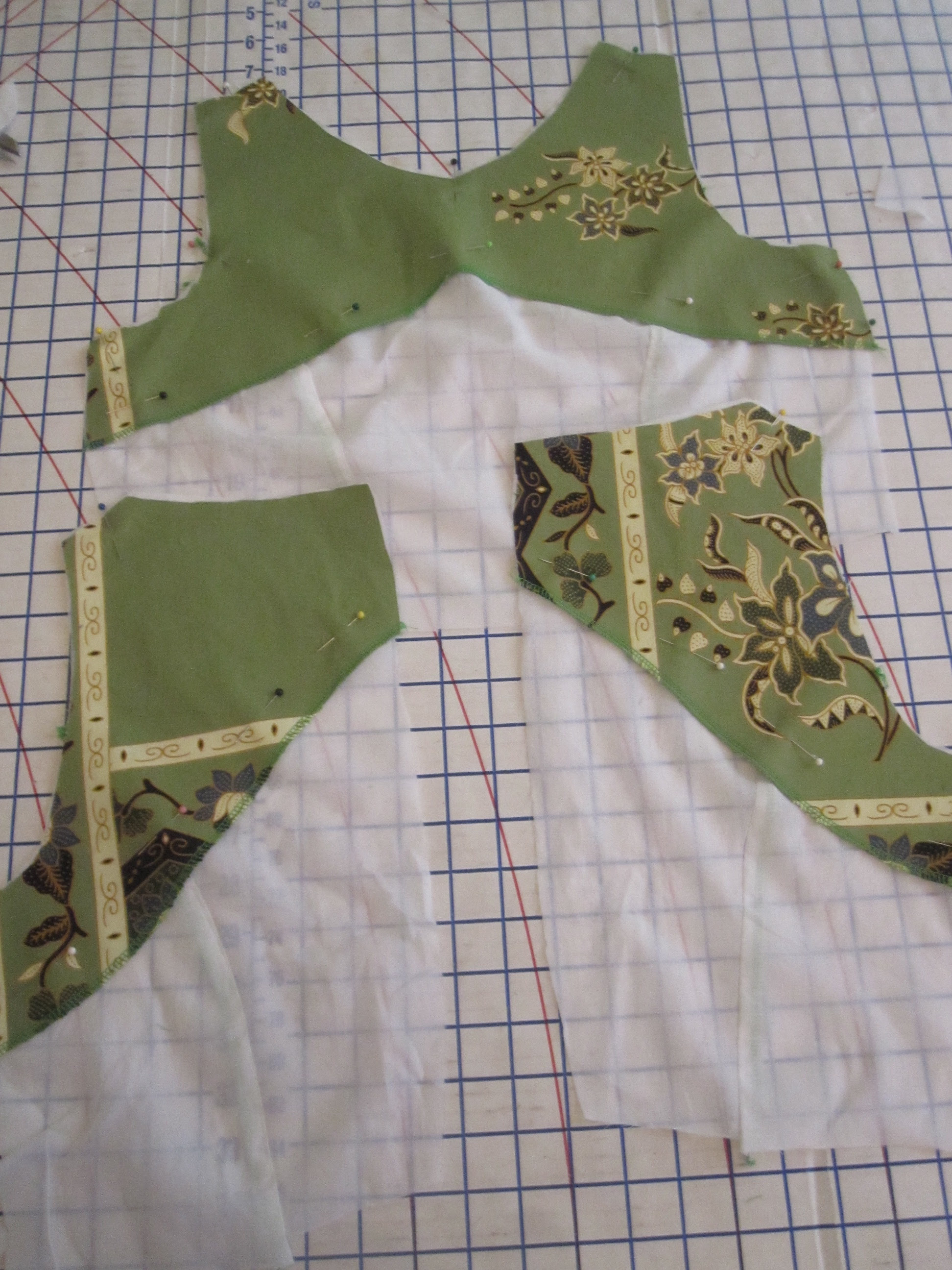 Facing Pinned to Lining