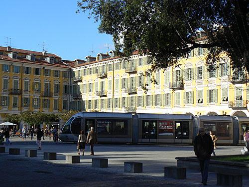 Le Tram, Place Garibaldi, NIce.jpg