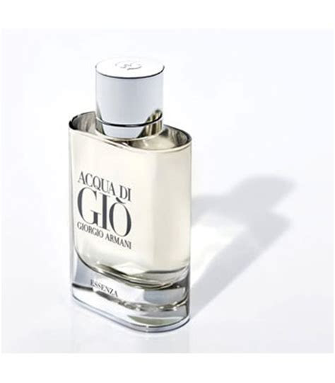 The Best Men Perfumes for Summer 2012   Arabia Weddings