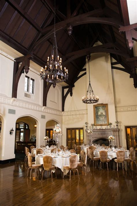 The Youngstown Country Club   Youngstown Wedding Venue