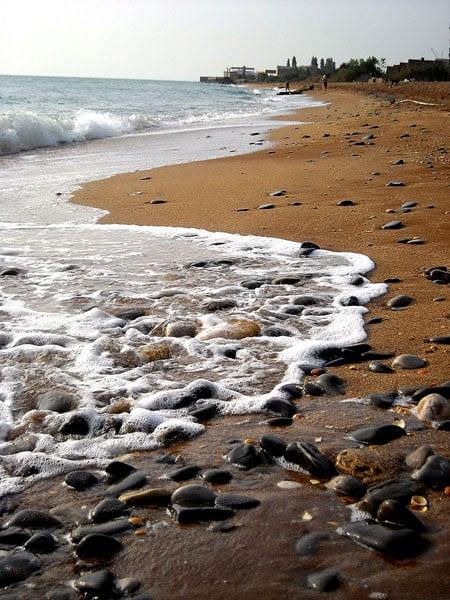 Вода в Каспийском море - почти как в настоящем / Фото из России