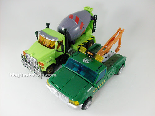 Transformers Mixmaster RotF Voyager (G1 deco) + Hoist RotF Deluxe - modo alterno