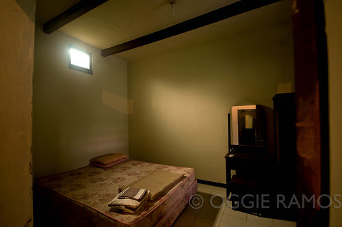 Indonesia - Solo Cakra Room Dramatic Lighting