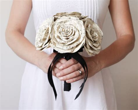 25 Handmade Wedding Treasures that Hit All the Right Notes