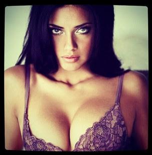 Adriana Lima (Foto: Reprodução)