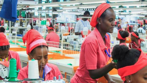 La Cina e l'industrializzazione dell'Africa. Nuove fabbriche, nuovo sfruttamento, nuovi operai, nuove forze di ribellione. Il Tg3 per una settimana ha mandato in onda diversi servizi sul massiccio intervento […]