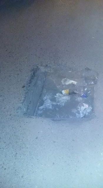 حفرة بنفق الزهراء فى أسيوط تهدد سلامة قائدى السيارات (5)