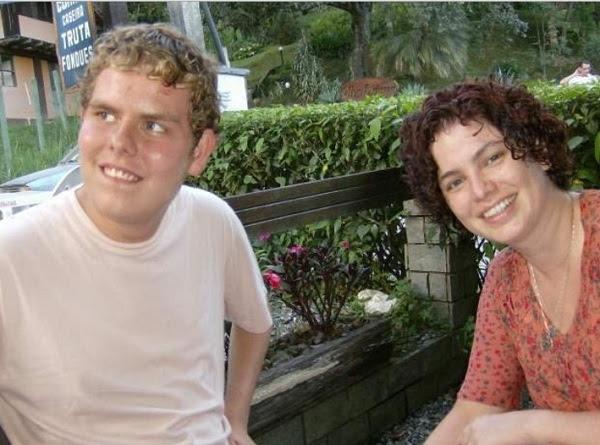 Patricia Luckesi e filho com deficiência