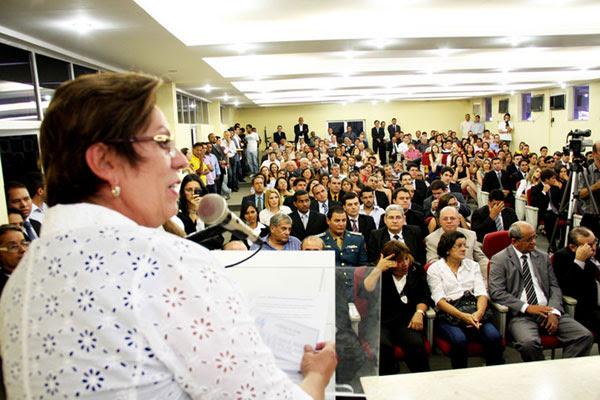 Governadora Rosalba Ciarlini deu posse a 71 novos policiais civis que começam hoje a trabalhar