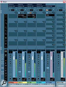 In these screens, you can see amore flexible and powerful way of implementing side‑chained ducking within Cubase, by setting up aGate plug‑in in an FX Channel, to operate as asendeffect.