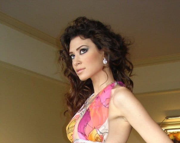 Arwa Gouda Egyptian Actress and Model very hot and sexy pics