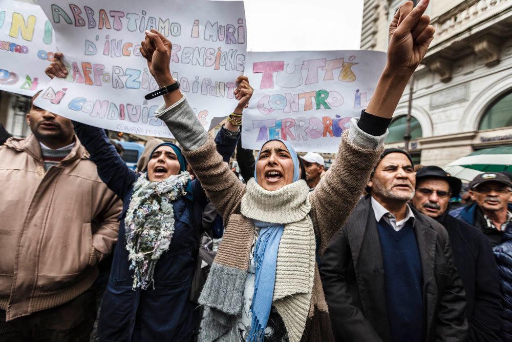 La manifestazione nazionale Non in mio nome, organizzata a Roma il 21 novembre 2015 dalle comunità musulmane per condannare gli attacchi di Parigi. - Giuseppe Ciccia, Pacific Press/LightRocket/Getty Images