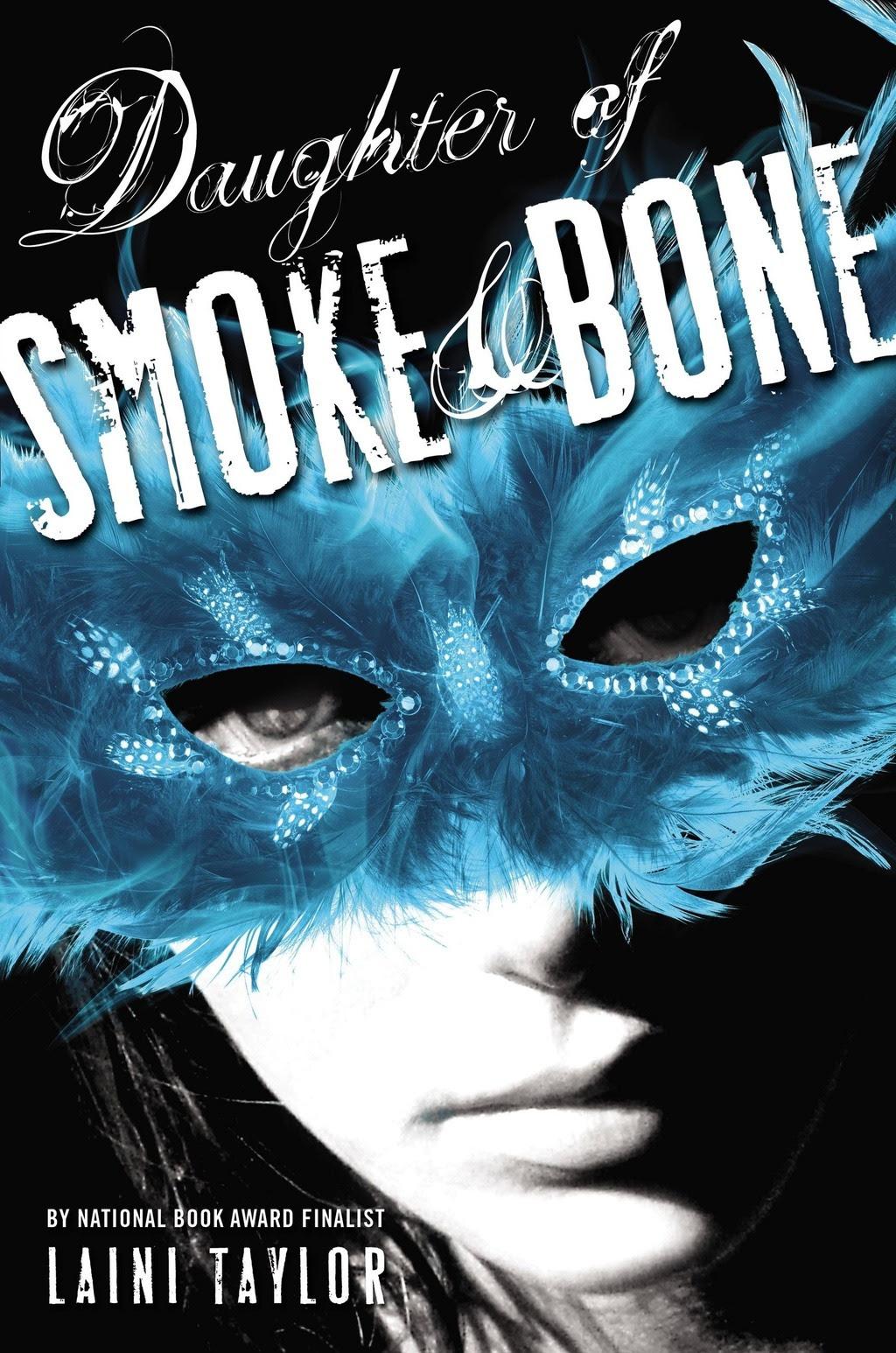 http://booksinthestarrynight.blogspot.it/2015/09/recensione-daughter-of-smoke-bone-la.html