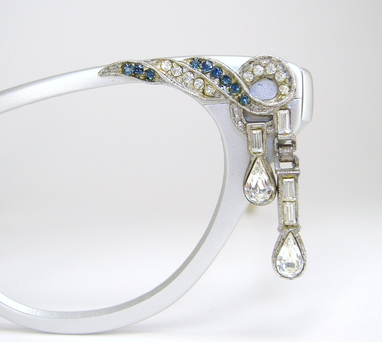 Vintage Tura Cat Eye Eyeglasses Dangle Tear Drop Rhinestones