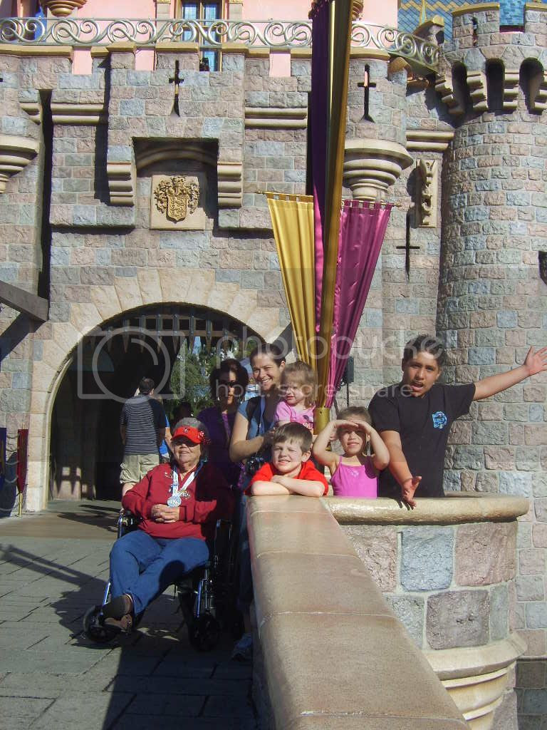 photo Disneyland129_zpsc4e020ad.jpg
