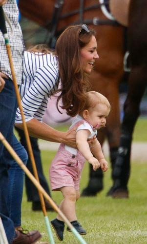 Masih Kecil, Pangeran George Sudah Jadi Paling Keren