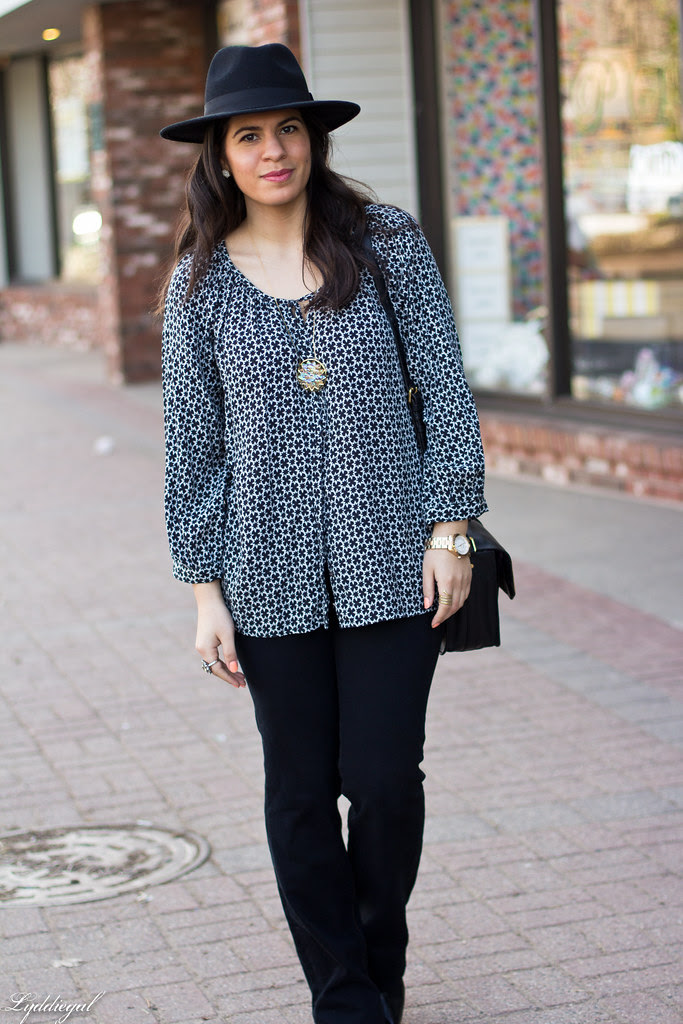 printed blouse, jeans, fedora.jpg