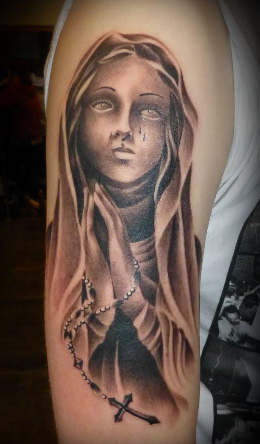 53 Graceful Virgin Mary Shoulder Tattoos