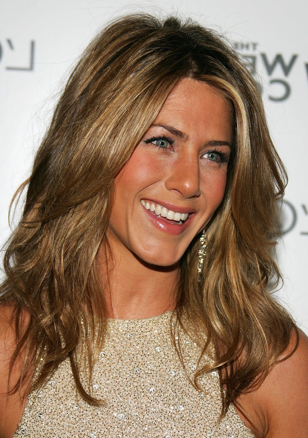 18 Best Long Hairstyles for Women Over 40