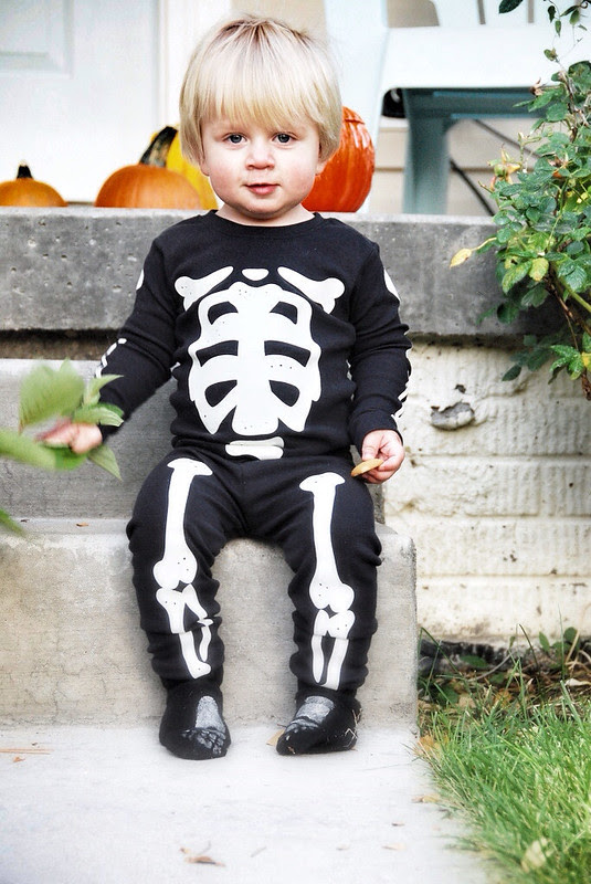 cute and classic halloween costumes for baby